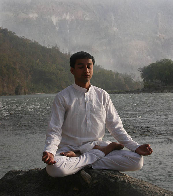 Yoga And Meditation Retreat In Rishikesh India